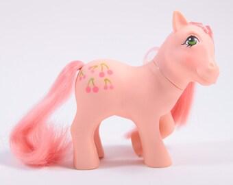My Little Pony Vintage Cherries Jubilee - Peach Pony with Peach Hair
