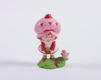 Vintage Strawberry Shortcake - Holding Berry with Bird - 1980s PVC - Rare