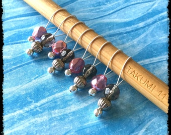 Snag Free Stitch Markers Medium Set of 8 - Pink and Gray Faceted Czech Glass - M54 -- For up to size US 11 (8mm) Knitting Needles
