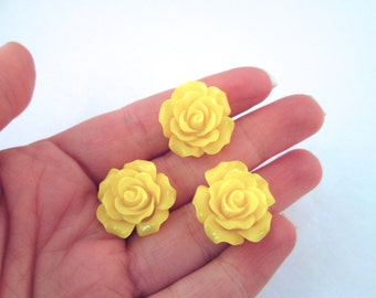 10 yellow 20mm rose cabochons