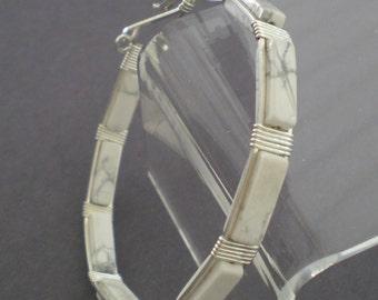 White howlite bangle bracelet, howlite bracelet, white bangle bracelet, white howlite bracelet