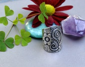 EC...Paisley story... sterling silver ring