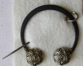 Penannular Brooch Shawl or Kilt Pin w/ spiral button finials