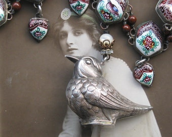 fly away . necklace