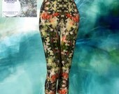 Deep in the wild places capri Leggings