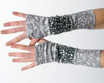 Grey sequined armwarmers, Long grey fingerless gloves, Jersey patchwork wrist warmers in grey lace print jersey & sequined knit