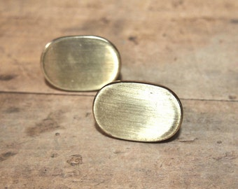 Free Shipping  Two metal brass Oval drawer pulls knobs pull knob