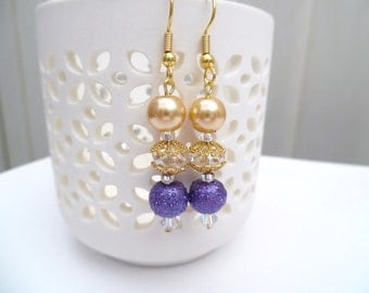 Purple and Gold Pearl Earrings, Bridesmaid Earrings, Jewelry For Bridesmaids, Beaded Earrings, Wedding Jewelry, Dangle Earrings Crystals
