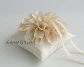 Ring bearer pillow-wedding pillow, rings cushion, rings holder, bridal pillow, ready to ship