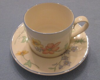 Four Vintage Semi-Porcelain Cups and Saucers - International China - Made In Japan