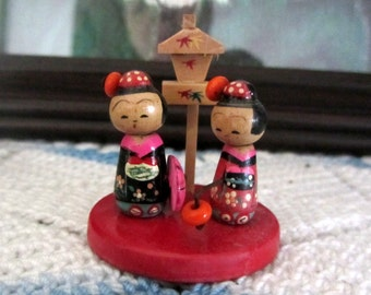Vintage 1950s Japanese Kokeshi Wooden Nodder Dolls With Birdhouse Miniature Scene So Unique