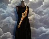 Vintage 1950s designer Gigi Young black Velvet Dress with Gold - Size Medium