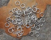 25 Antique Silver 4.5mm Small Jump rings - Nunn Designs