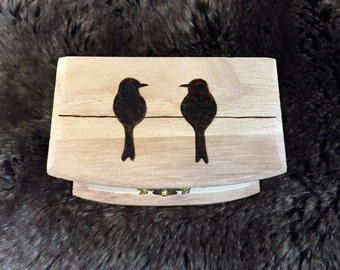 Birds on a Wire Ring Box