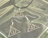Harry Potter Deathly Hallows Earrings & Necklace Set Black Leather Silver Tone