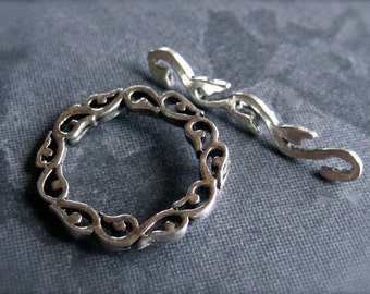 Twirl and Dot sterling silver toggle clasp - round bali style 17mm