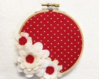 Flower Wall Art, Embroidery Hoop Art, Dainty Red, Wedding Decor, Floral Wall Decor, Hoop Wall Hanging, Felt Flower Hoop