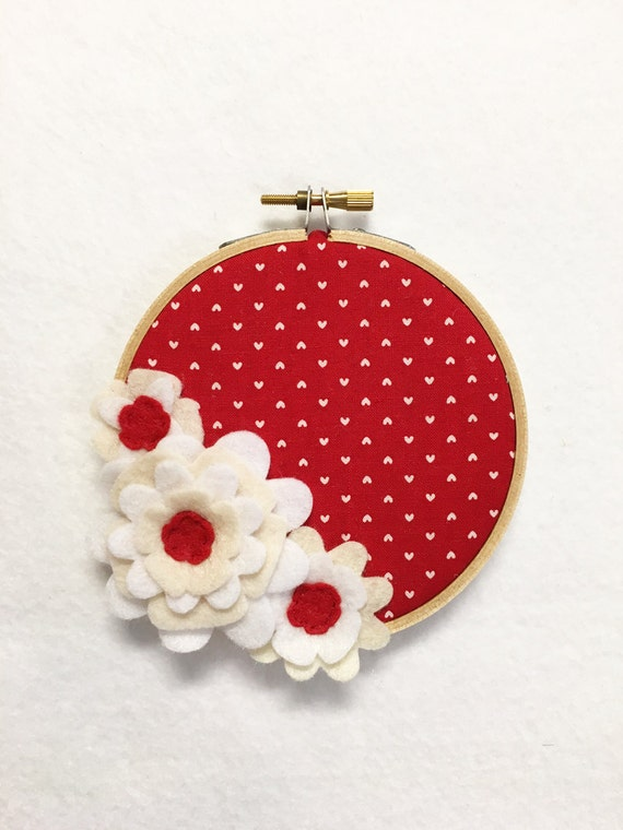Flower Wall Art, Embroidery Hoop Art, Dainty Red, Wedding Decor, Floral Wall Decor, Hoop Wall Hanging, Felt Flower Hoop