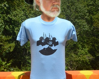 vintage 80s t-shirt civil WAR soldiers rose peace history graphic tee shirt Medium Small