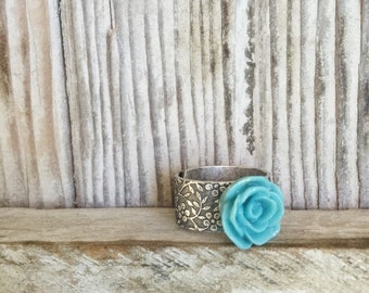 Rose Ring Robins Egg Blue, Flower Patterned Adjustable Ring, Silver Plate Band Retro Rose Ring, Botanical Flower Jewelry, Gift for a Fashion