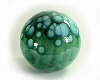 Ceramic Gazing Ball 6 inch Green