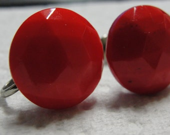 Vintage Red Faceted Round Screw Earrings
