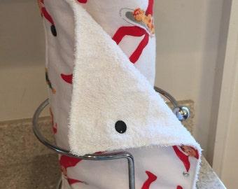 """Reusable Unpaper Towels, 7""""x11"""", Holiday Elf"""