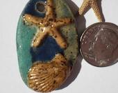 Stoneware Scallop Shell Starfish Pendant