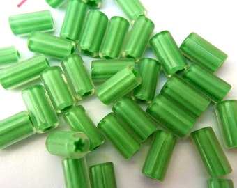 10 Vintage glass beads green, tube beads, 15mmx8mm