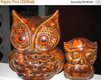 ON SALE Owl, Vintage Owls, Momma & Baby Hoot Owl, Orange, Brown, Halloween Owls, Tea Light, Great Fall colors