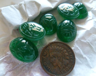Vintage Chrysophase  West Germany Glass Scarab Stones 18x13mm C38