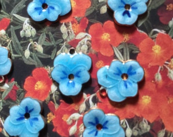 Vintage Brass & Enamel High Quality Darling Blue Pansy Flower Charms Beads (2)