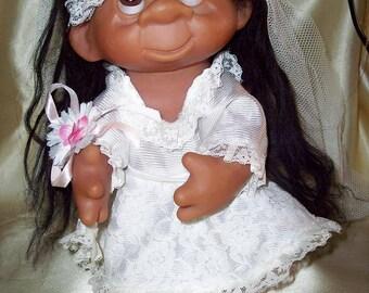 Vintage THOMAS DAM wedding troll doll collectors item