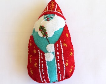 Santa is Coming to Town Hand Embroidered Felt Santa Ornament, Handmade Felt Santa Figurines