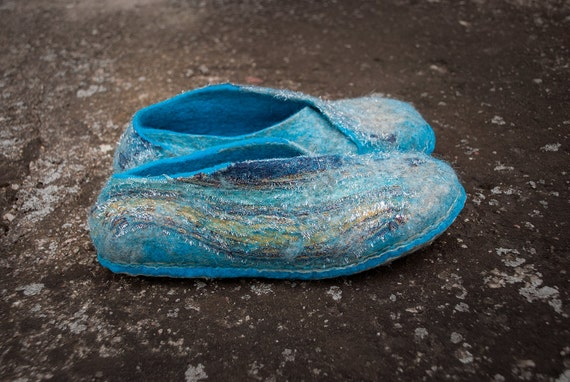 Natural felted wool slippers Women home shoes Turquoise Sand THE ENVELOPE slippers with recycled fabric and strong non slip soles