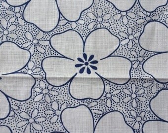 vintage fabric - BLUE DOT FLORAL - cotton/linen - almost 1 yard - 36x32 inches