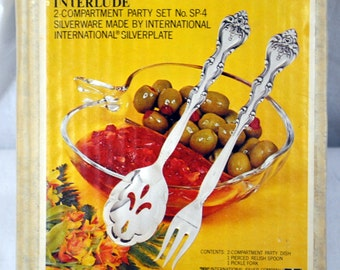 International Silverplate Interlude 2-Compartment Party Set - Party Dish, Pierced Relish Spoon, Pickle Fork - New in the Box NIB