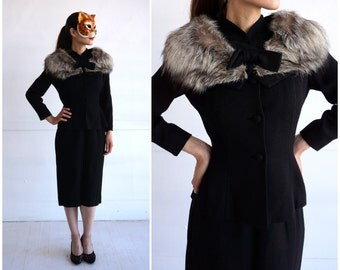 Chic Vintage 1950's Fitted Black Wool Two Piece Suit with Oversized Silver Foxy Fur Collar by Lilli Ann | XS/Small