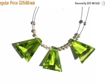 55% OFF SALE 3 Piece Set - AAA Peridot Quartz  Faceted Fancy Briolettes Matched Pair and a focal pendant Size- 15.5x13.5mm approx
