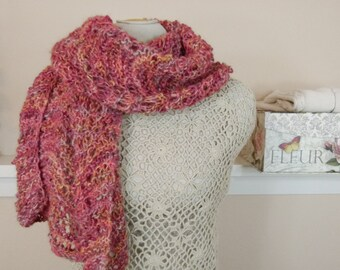 "Luxury Alpaca/Merino Handknit Shawl - Romantic Shawl in Traditional Scottish Pattern - ""Candlelight Ripple""  - Item 1504"
