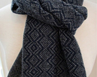 Handloomed Cashmere Scarf