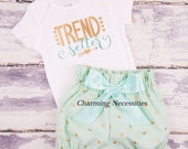 Toddler Girl Clothes, Baby Girl Outfits, Baby Girl Bloomers,  Trend Setter  Glitter Shirt and  High Waist Bloomers Mint Gold Hearts