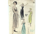 1940s Vintage Princess Slip Optional Shoulder Straps / Daytime Length / Evening Length Slip Pattern Butterick 4933 / Size 12 Bust 30