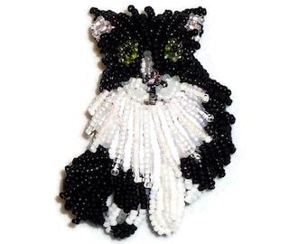 TUXEDO CAT beaded keepsake pin pendant brooch/ Ready to Ship