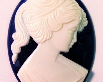 Ivory Blue Lady Cameo Cabochon 40X30 mm