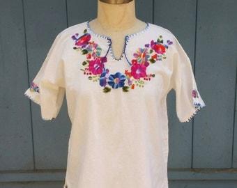 Bright Emroidered Peasant Blouse // Vintage Guatemalan // Hippie Summer