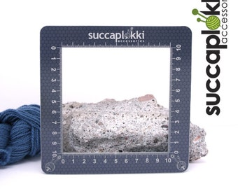 Silmuccaruutu LARGE (10cm X 10cm) - Knitting Gauge Checker, precise square made out of recycled plastic