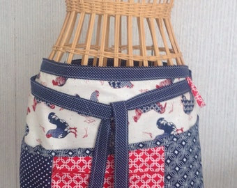 Vendor apron with zippered pocket patriotic roosters