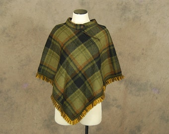 Clearance Sale vintage 60s Wool Cape - 1960s Green Plaid Poncho Short Cape Coat Sz S M