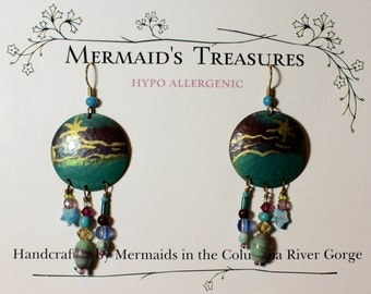 Ocean scene Hand painted enamel gemstone drops